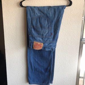 Levi 505 blue jeans